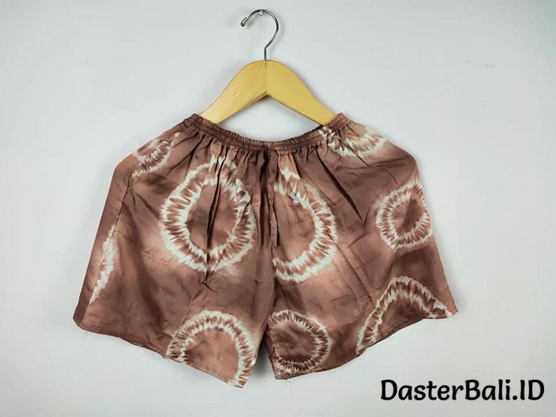 Celana Pendek Wanita Ukuran Jumbo Motif Loreng