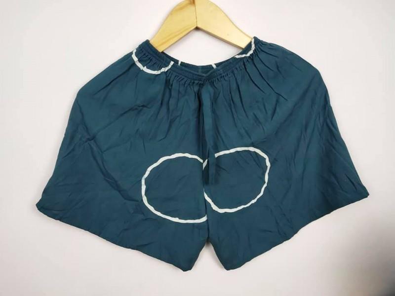 Celana Pendek Wanita Bahan Kain Motif Shibori