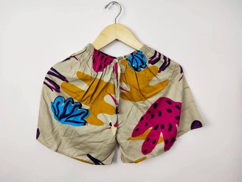 Celana Pendek Wanita Bali Motif Kaktus