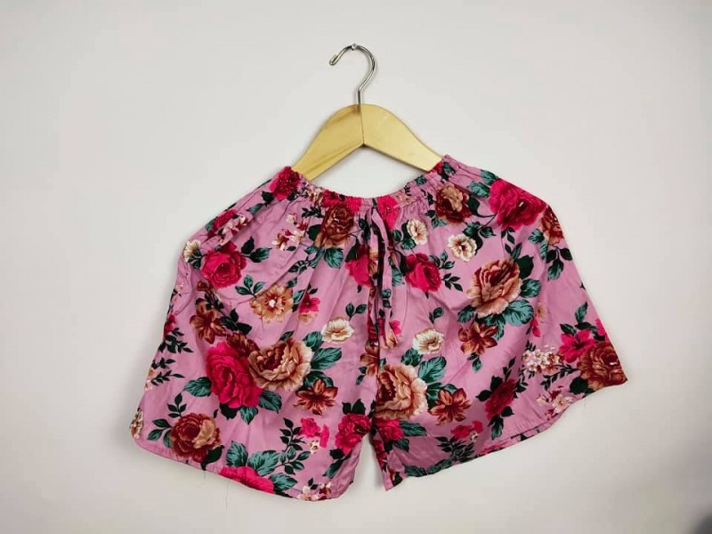 Celana Wanita Motif Bunga Mawar