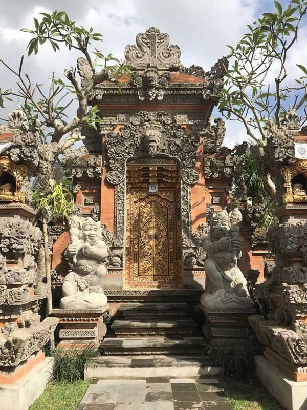 2 Desain Angkul Angkul Batu Bata Yang Populer