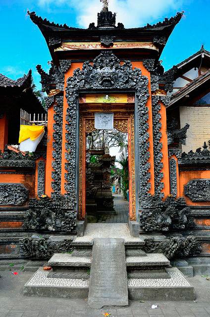 Desain Angkul Angkul Style Bali